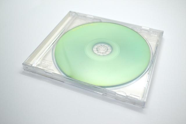 DVD買取など隆盛の時代、両者はもうおらず。